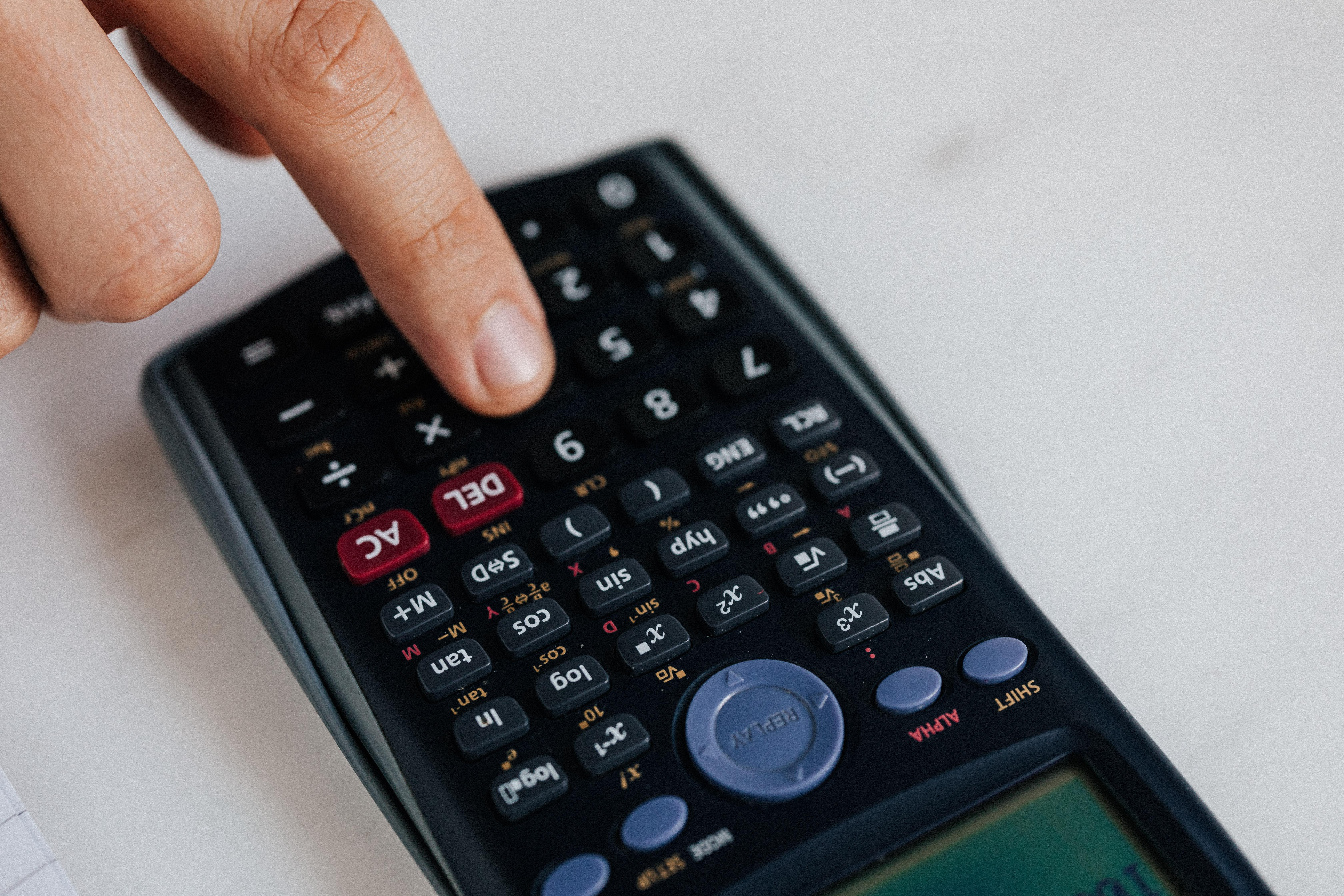Finance Predictions Freelancers 2021 - Calculator
