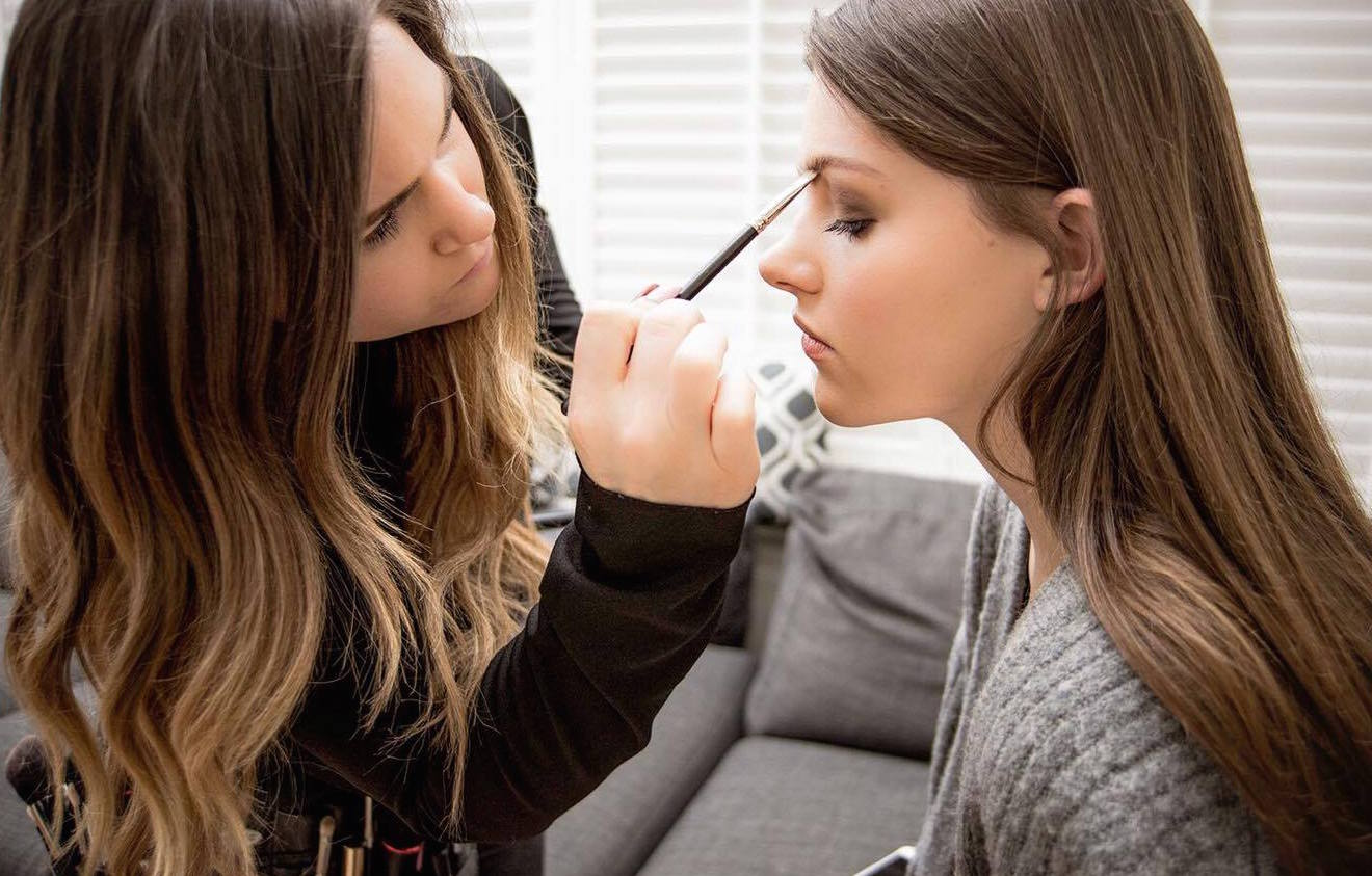 Prom makeup ideas and on-trend tips from top professional makeup artists. Check our 5 stunning makeup looks to stand out from the crowd, look and feel ...