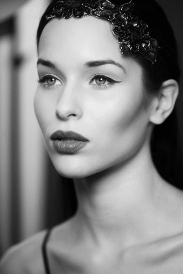 Becoming a freelance makeup artist, Finding freelance work, Freelance career, Freelancing career,